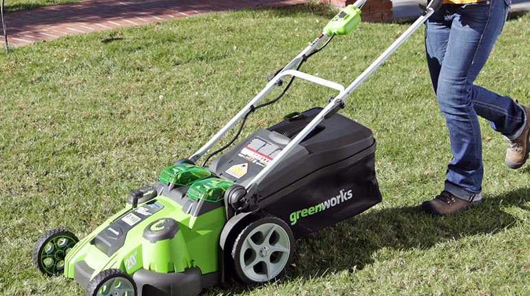 GreenWorks 25302 electric mower review of 2016