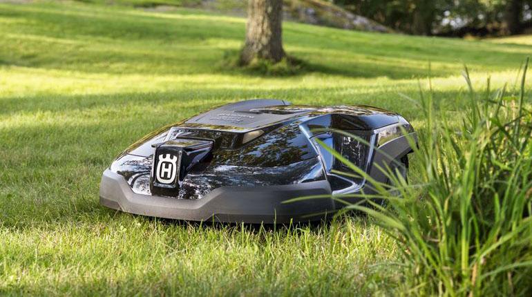 Husqvarna 315 Automatic Lawn Mower Review