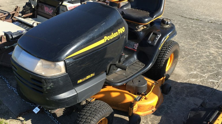 Poulan Pro PB24VA54 Kohler V-Twin Riding Mower Review